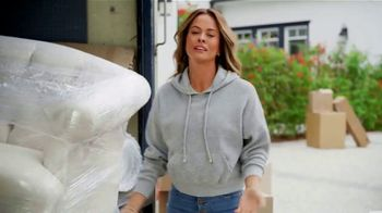 SKECHERS Arch Fit TV Spot, 'Moving Day' Featuring Brooke Burke - Thumbnail 2