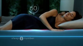Sleep Number Lowest Prices of the Season TV Spot, 'Temperature Balance: Save up to $1,000' - Thumbnail 5