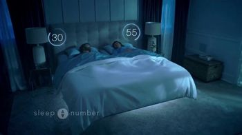 Sleep Number Lowest Prices of the Season TV Spot, 'Adjust Your Comfort: Queen for $899' - Thumbnail 3