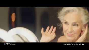GreatCall Lively Mobile Plus Medical Alert TV Spot, 'Worry No More' Featuring John Walsh - Thumbnail 2
