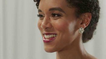 Zola TV Spot, 'Smash Wedding Planning Stress' - Thumbnail 2