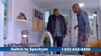 Spectrum TV Spot, 'Cramped: Internet + TV' - Thumbnail 2