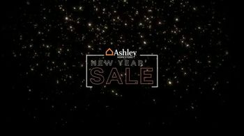 Ashley HomeStore New Year's Sale TV Spot, 'Sales Tax Discount' - Thumbnail 3