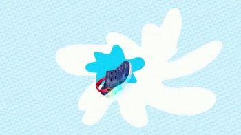 SKECHERS Foamies TV Spot, 'Dress to Chill' - Thumbnail 3