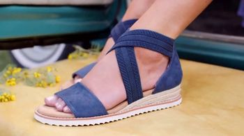 Bobs From SKECHERS TV Spot, 'PETCO Foundation: Over One Million Saved' - Thumbnail 8