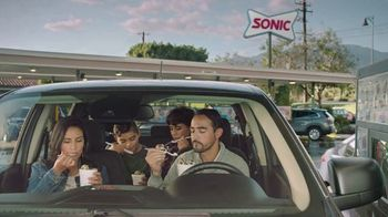 Sonic Drive-In Oreo Big Scoop Cookie Dough Blast TV Spot, 'Muy rica' [Spanish] - Thumbnail 1