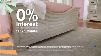 Ashley HomeStore Ultimate Event TV Spot, 'Dining Table and Special Financing' - Thumbnail 5
