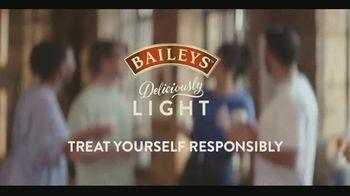 Baileys Deliciously Light TV Spot, 'Coffees' - Thumbnail 10