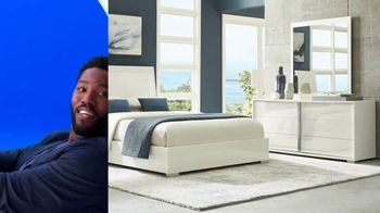 Rooms to Go 30th Anniversary Sale TV Spot, 'Contemporary Bedroom Set' Song by Junior Senior - Thumbnail 4