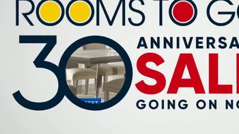 Rooms to Go 30th Anniversary Sale TV Spot, 'Cindy Crawford Home Five-Piece Dining Set' Song by Junior Senior - Thumbnail 9