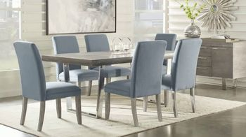 Rooms to Go 30th Anniversary Sale TV Spot, 'Cindy Crawford Home Five-Piece Dining Set' Song by Junior Senior - Thumbnail 4