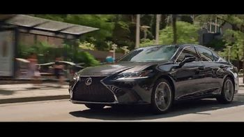 Invitation to Lexus Sales Event TV Spot, 'Una cálida bienvenida' [Spanish] [T1] - Thumbnail 4