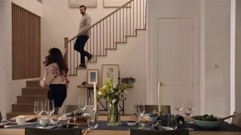 Buick March Madness Event TV Spot, 'Surprise Dinner Party' Song by Matt and Kim [T2] - Thumbnail 5