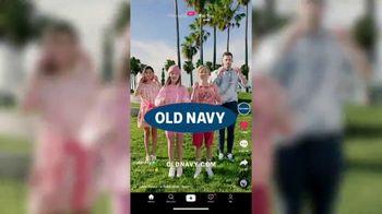 Old Navy TV Spot, 'Fleece Glasses' Song by Teddi Gold - Thumbnail 10