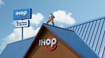 IHOP TV Spot, 'Burritos and Bowls: Shredded' - Thumbnail 7