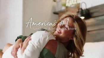 Ashley HomeStore The Ultimate Event TV Spot, 'Tempur-Pedic and Beautyrest Mattresses' - Thumbnail 8