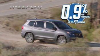 Honda Model Year End Sale TV Spot, 'It's On'  [T2] - Thumbnail 6