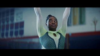 Uber Eats TV Spot, 'Tumble' Feat. Simone Biles, Jonathan Van Ness, Song by C+C Music Factory - Thumbnail 9
