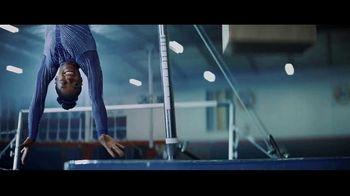 Uber Eats TV Spot, 'Bars' Feat. Simone Biles, Jonathan Van Ness, Song by C+C Music Factory - Thumbnail 4