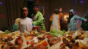 Taco Bell Nachos Party Pack TV Spot, 'Delivery: Spend and Add More'