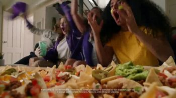 Taco Bell Nachos Party Pack TV Spot, 'Delivery: Spend and Add More' - Thumbnail 4