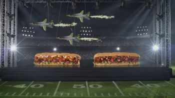 Subway TV Spot, 'Footlong Season: Buffalo & BBQ Chicken'