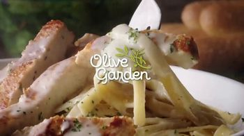 Olive Garden TV Spot, 'A Couple Taps Away' - Thumbnail 2