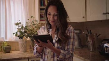 Olive Garden TV Spot, 'A Couple Taps Away' - Thumbnail 4