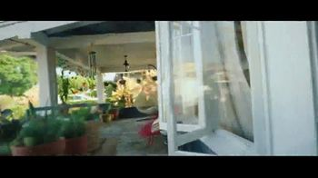 Apple iPhone 12 TV Spot, 'Powerful' Song by Yma Sumac, Gozzo - Thumbnail 8