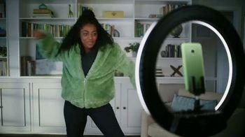 Cricket Wireless TV Spot, 'Mom Dancing to K-Pop' - Thumbnail 1