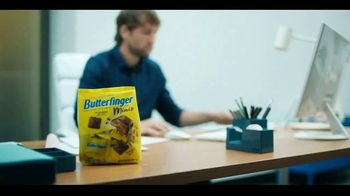 Butterfinger Minis TV Spot, 'BFI: Office Heist' - Thumbnail 3