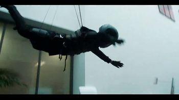 Butterfinger Minis TV Spot, 'BFI: Office Heist' - Thumbnail 4
