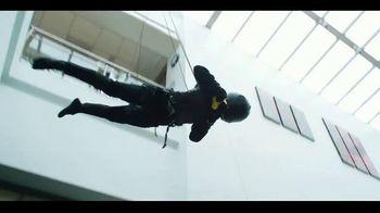 Butterfinger Minis TV Spot, 'BFI: Office Heist' - Thumbnail 5