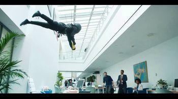Butterfinger Minis TV Spot, 'BFI: Office Heist' - Thumbnail 6
