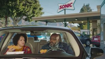 Sonic Drive-In Extra-Long Ultimate Cheesesteaks TV Spot, 'Fiyah' - Thumbnail 2