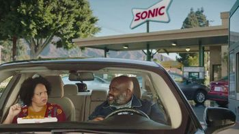 Sonic Drive-In Extra-Long Ultimate Cheesesteaks TV Spot, 'Fiyah' - Thumbnail 4