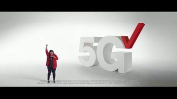 Verizon TV Spot, 'Ridiculously Fast: Samsung Galaxy S21+ 5G: Switch' - Thumbnail 6