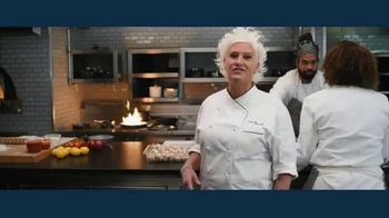 IBM Hybrid Cloud TV Spot, 'How a Hybrid Cloud Approach Can Earn You Rave Reviews' Featuring Anne Burrell - Thumbnail 3