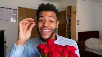 1-800-FLOWERS.COM TV Spot, 'Valentine's Day Gift' - Thumbnail 9