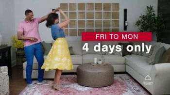 Ashley HomeStore Presidents Day Early Access Sale TV Spot, 'BOGO 50% Off: Sofa and Loveseat' - Thumbnail 9
