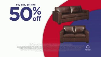 Ashley HomeStore Presidents Day Early Access Sale TV Spot, 'BOGO 50% Off: Sofa and Loveseat' - Thumbnail 4