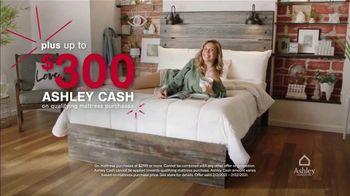Ashley HomeStore Presidents Day Mattress Marathon TV Spot, 'No Interest, $300 Ashley Cash' - Thumbnail 7