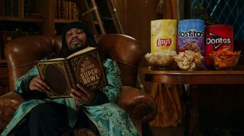 Frito Lay TV Spot, ''Twas the Night Before Super Bowl' Featuring Marshawn Lynch