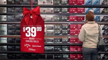 Dick's Sporting Goods TV Spot, 'Holidays: Fleece, Hydro Flasks, Yeti, Golf Balls and Gift Cards' - Thumbnail 7