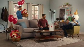 Jack in the Box 2 for $5 Bagel Breakfast Sandwiches TV Spot, 'Why Choose One?' - Thumbnail 4