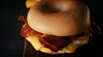 Jack in the Box 2 for $5 Bagel Breakfast Sandwiches TV Spot, 'Why Choose One?' - Thumbnail 6
