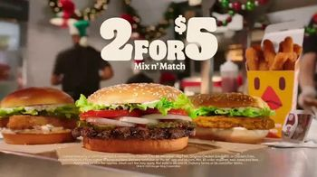 Burger King 2 for $5 Mix n' Match TV Spot, 'Holiday Joy Delivered: $1 Delivery, $5 Minimum' - Thumbnail 9