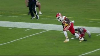 Pizza Hut TV Spot, 'How Bad Do You Want It?: Tyreek Hill' Song by Sam Spence - Thumbnail 5