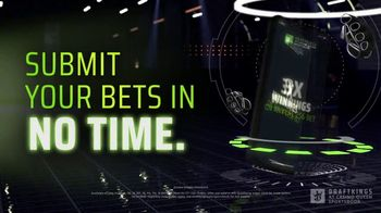 DraftKings at Casino Queen Sportsbook TV Spot, 'UFC 256: Octagon Opportunity' - Thumbnail 6