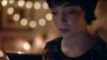 Samsung Mobile TV Spot, 'Holidays: Stay Connected'  Feauturing Benny Blanco, Song by Justin Bieber, Benny Blanco